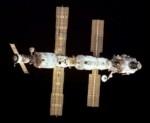 Navetta russa rifornisce gli astronauti della stazione spaziale