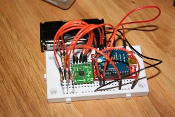 L'accelerometro wireless progettato con Arduino invia dati al computer