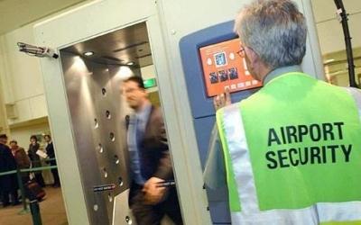 allarme body scanner negli USA