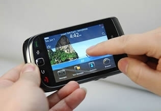 Il nuovo BlackBerry Torch è stato progettato per dare il massimo agli utenti business