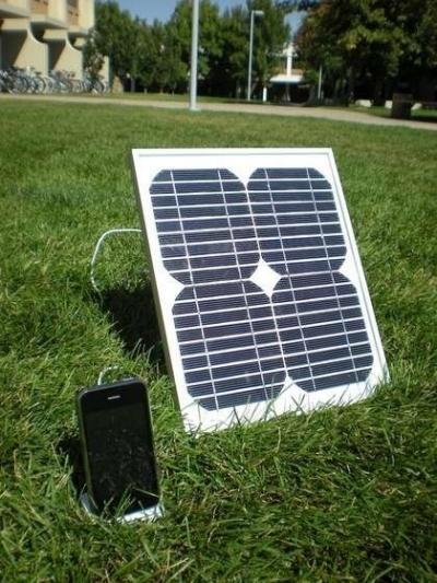 caricatore IPhone solare