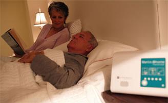 Il monitoraggio del pacemaker può avvenire grazie al dispositivo di Philips che invia i dati al medico tramite web