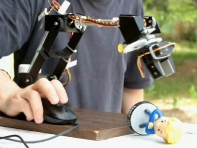Mouse braccio meccanico