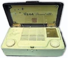 Antiche radio portatili a tubi elettronici. Come alimentarle