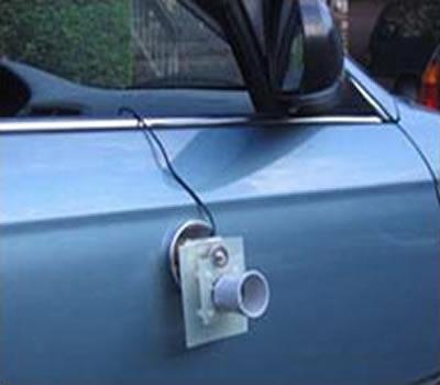 Un sensore ad ultrasuoni vi aiuta nel parcheggio