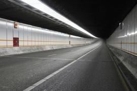 tunnel illuminato aled