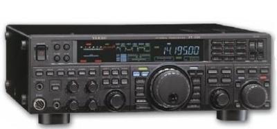 YAESU FT 950