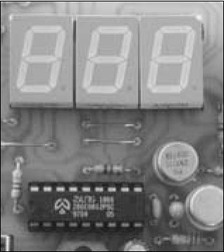 voltmetro single chip display