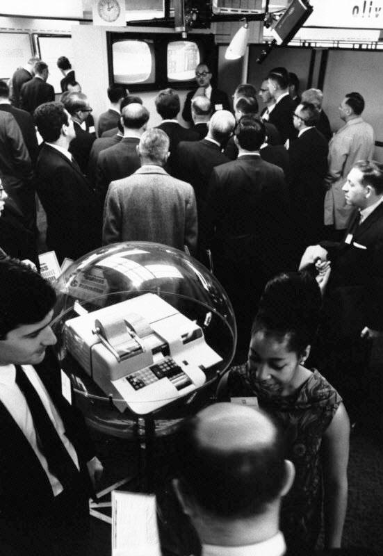 Olivetti P101 – Racconta Perotto … Estirpare il bubbone dell'Elettronica