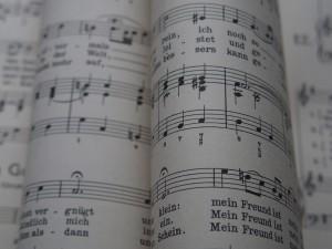 Figura 1: La musica come il linguaggio, forma scritta
