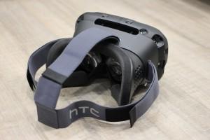 HTC_Vive_(2)