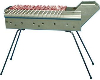 Figura 2: tipica fornacella dove gli arrosticini sono posizionati ad una distanza di 10-25 cm dal fuoco. Esistono vari varianti per cucina più arrosticini contemporaneamente.