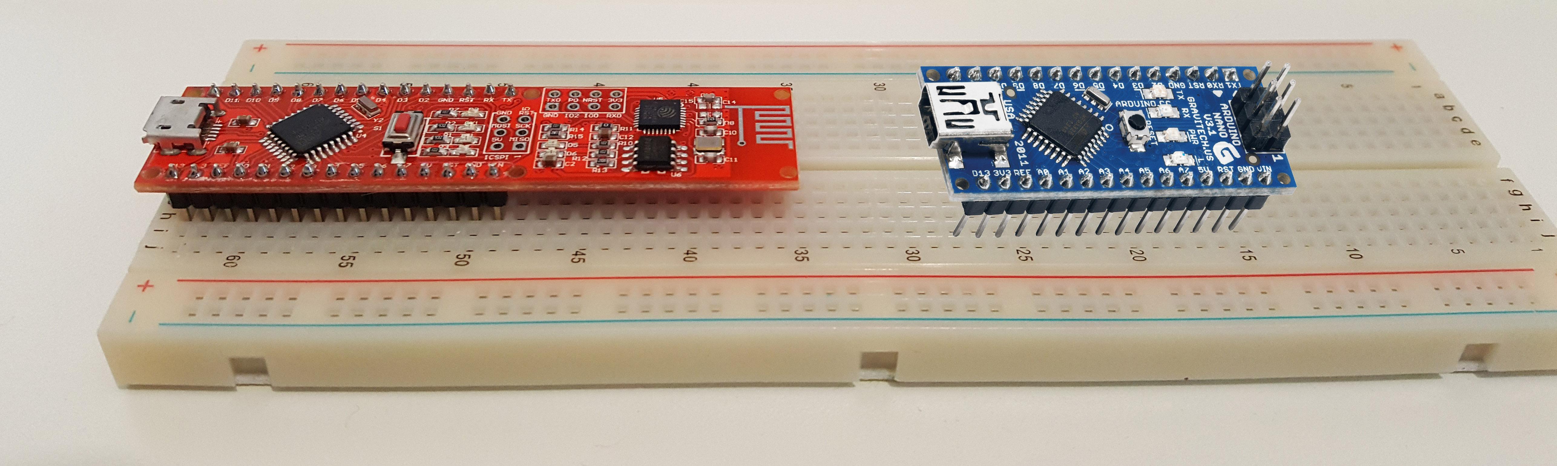 Figura 2: La scheda Arduino NANO a confronto con la Open Wi-Fi
