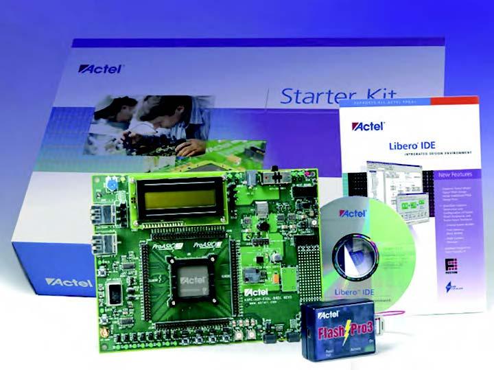 Figura 2: il programmatore FlashPro3 e lo Starter Kit ProAsic3, progettati appositamente per supportare i dispositivi ProAsic3/E a singolo chip, permettono di esplorare le caratteristiche architetturali peculiari dei dispositivi ProAsic3/E. Usando questi nuovi tool, i tecnici possono esaminare la programmabilità ISP (In System Programmability) sicura usando cifratura AES.