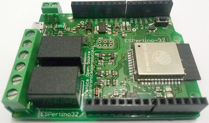 Figura 2: la scheda ESPertino prodotta da Elettronica Open Source
