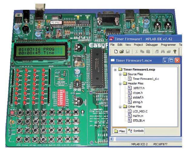 Figura 11: test del progetto Firmware attraverso Easy PIC 3D e struttura Firmware del progetto
