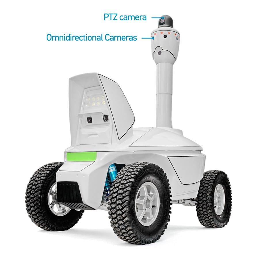 Robot autonomo impiegato per il monitoraggio di impianti industriali.