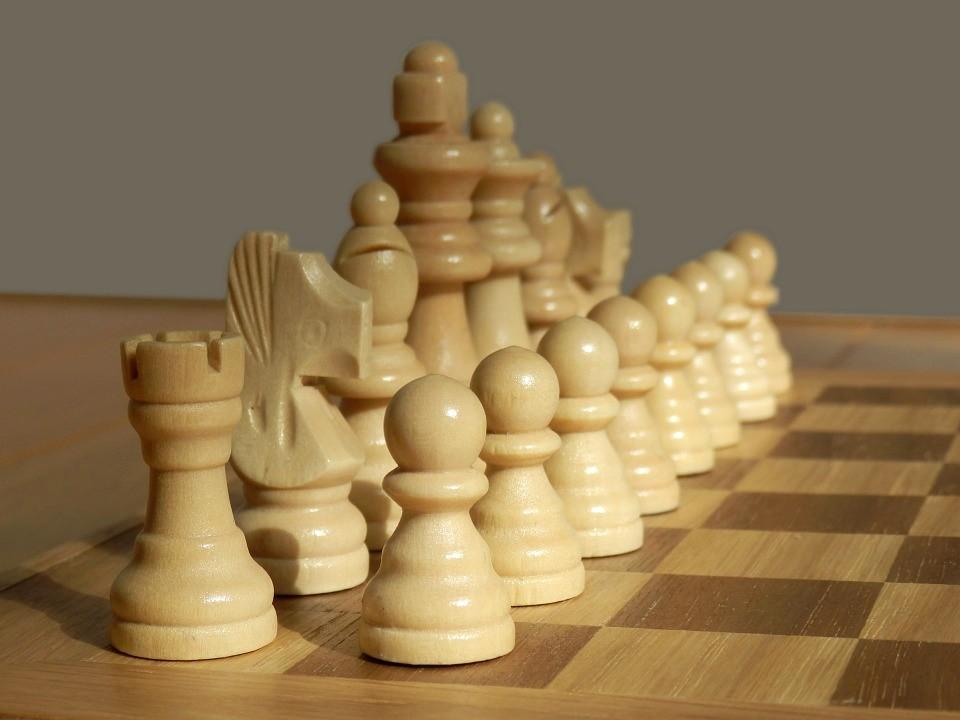 Figura 1: un esempio di scacchi torniti
