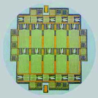 Figura 5: circuito integrato a superconduttore impiegato per Standard Primari di Tensione, su substrato SiO2 (fonte: Hypres Inc., superconductor microelectronics).