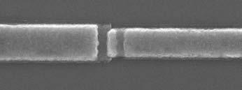 Figura 4: giunzione Josephson al Niobio/Ossido di Alluminio / Niobio (fonte: Università Berkeley, USA).