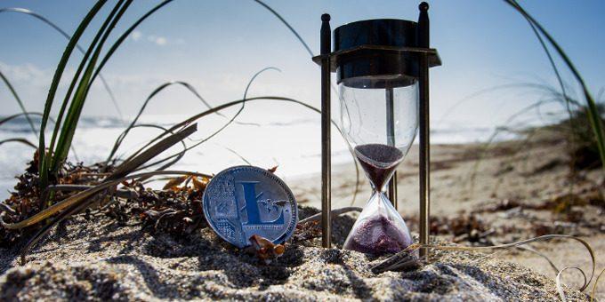 Quali sono i rapporti tra blockchain, con o senza trasferimento di denaro, e il tempo?