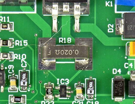 Figura 6: primo piano del resistore di rilevamento della corrente da 2 watt e da 0,02 ohm