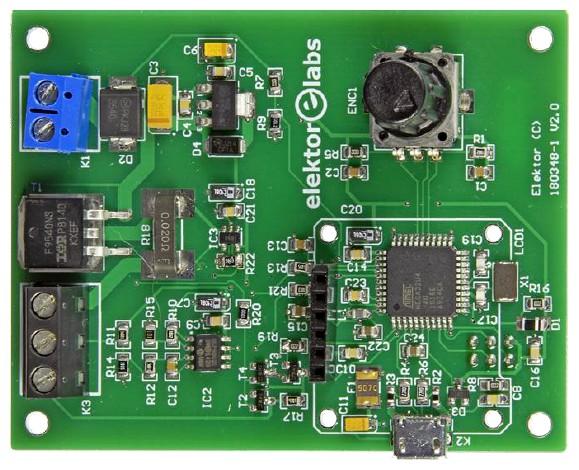 Figura 5: il lato componenti del circuito assemblato con tutte le parti SMD montate