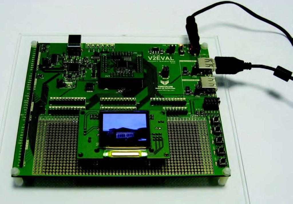 Figura 2: la scheda FTDI V2EVAL con il display OLED.
