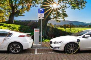 Applicazioni dei supercapacitor nei veicoli elettrici ed ibridi