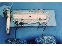 Figura 3: Primo circuito integrato del 1958.