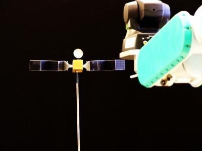 Localizzazione dei satelliti: un nuovo metodo per la localizzare e prendere i satelliti nello spazio