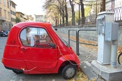 la batteria delle auto elettriche costa troppo
