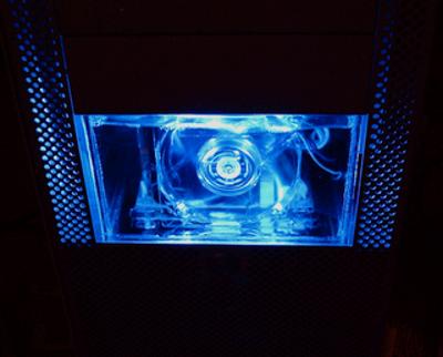 Come raffreddare a liquido l'alimentatore del PC