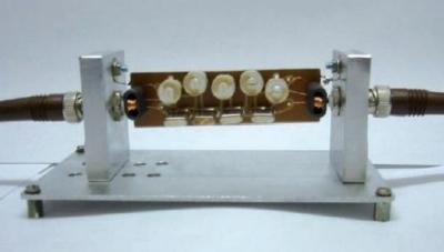 Filtro ladder 4 MHz con correzione di pendenza