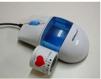 MDMouse, il mouse che misura la pressione, controlla costantemente i valori e li invia al software applicativo per l'elaborazione