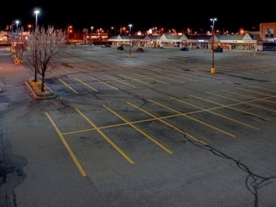 parcheggio illuminato a led