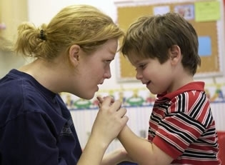 La risonanza magnetica permette di individuare alcune anomalie nel cervello tipiche dei pazienti autistici