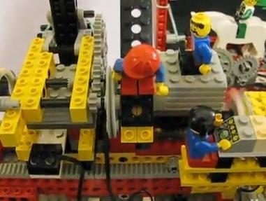 Stampante creata con Lego