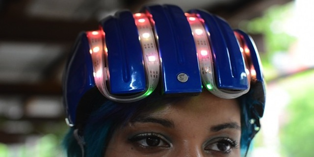 Casco tecnologico per ciclisti (wearable)